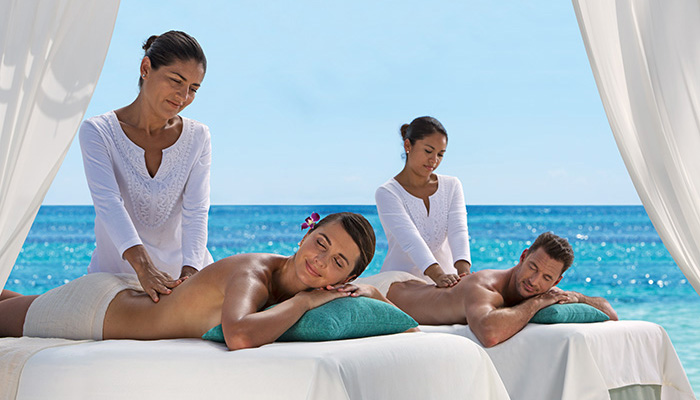 SEARM_SPA_Couples_Massage_Beach_1A